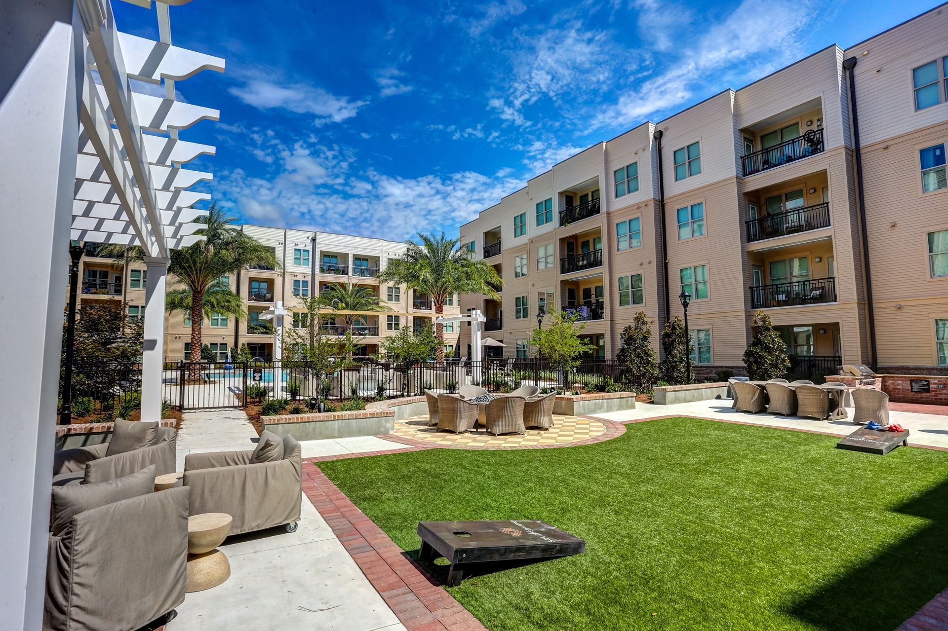 Naiop Nw Fl What S Up Chat Southtowne Apartments Tour